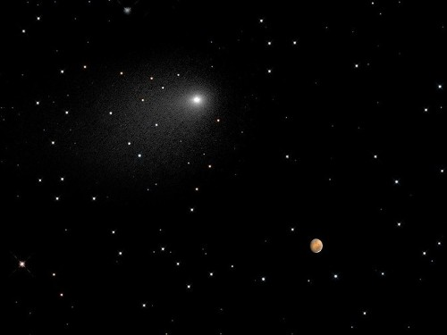 Hubble captures stunning image of a comet's brush past Mars