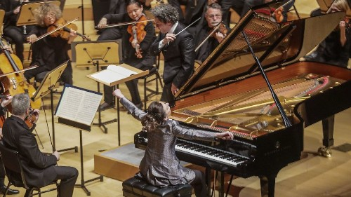 Review: Five Beethoven piano concertos, five pianists and Lang Lang's new heights