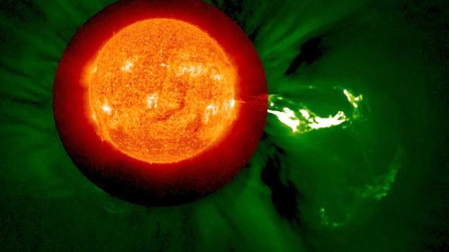 Watch a beautiful, powerful solar eruption - Los Angeles Times