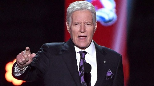 Alex Trebek and James Holzhauer attended the NHL Awards — but only one got a standing ovation