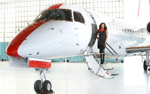 Roomy seats, no security hassles on new charter flights from Burbank to Mammoth