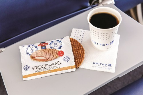 Free snacks coming back to United Airlines; everything else will cost you