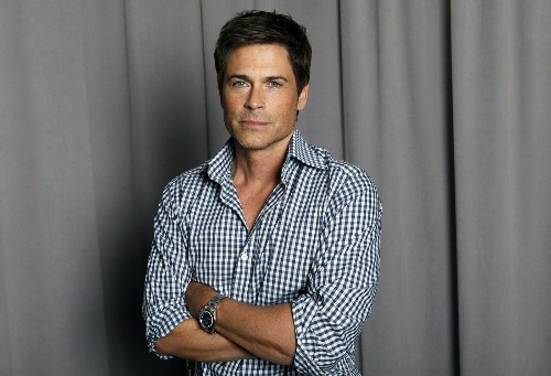 Handsome Rob Lowe says good-looking people have it tough. Please. - Los Angeles Times