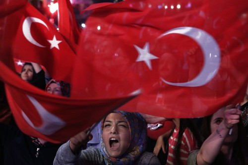 Turkey plans to release 38,000 prisoners to make space for coup plotters in jails