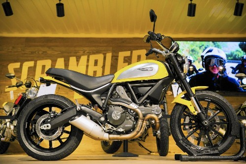 Ducati rolls out smaller, cheaper Scrambler, geared to wider audience - Los Angeles Times