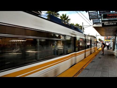 Neighborhood Spotlight: Mid-City's call is 'Location, location, location' - Los Angeles Times