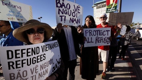 Vietnamese Americans rally in Little Saigon against Trump administration's push to deport thousands of war refugees - Los Angeles Times