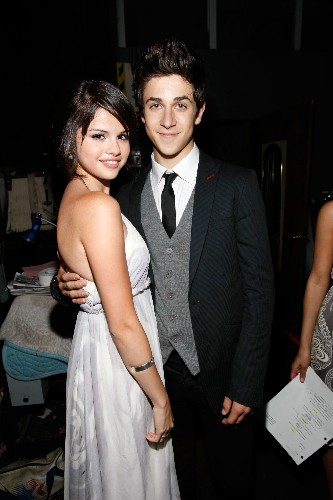 Selena Gomez's Former Co-Star David Henrie Confesses to Being Super