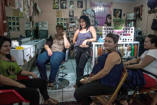 How a Trip to the Salon is Helping Women in El Salvador Escape Murder