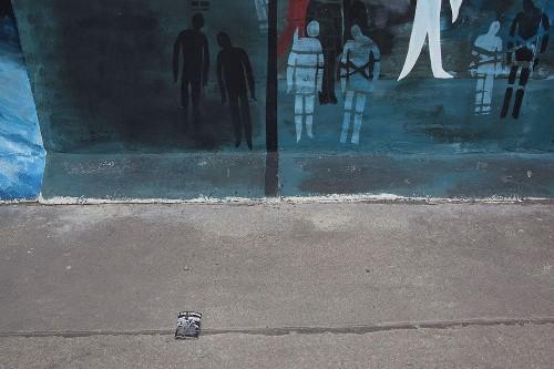 Cynthia Bittenfield - Walking the Wall   LensCulture