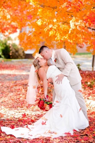 13 Photos That Will Convince You To Have a Fall Wedding