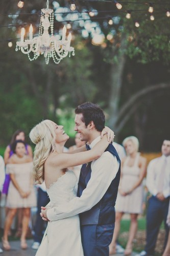 11 of Our All Time Favorite First Dance Photos