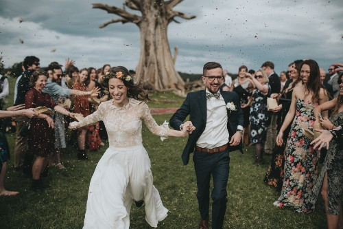 How to Get Wedding Photos that Will Actually Stand the Test of Time