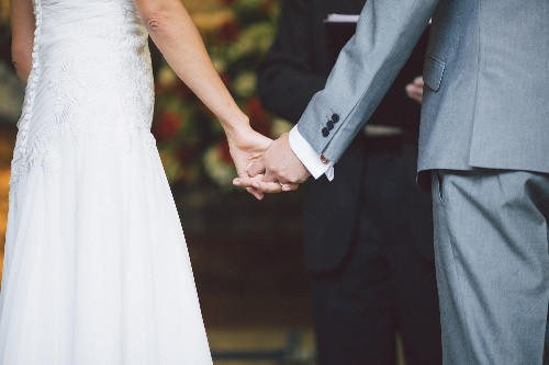 7 Tips To Help You With Writing Your Wedding Vows