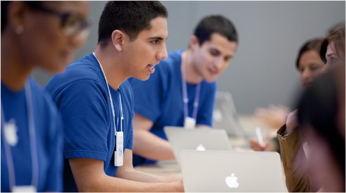 Apple Retail Employees Alleged to be Treated as 'Criminals' in Bag Check Lawsuit