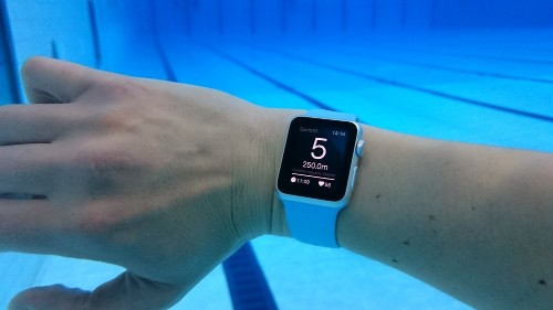 'World's First Swim App' on Apple Watch Put to the Test in New Video