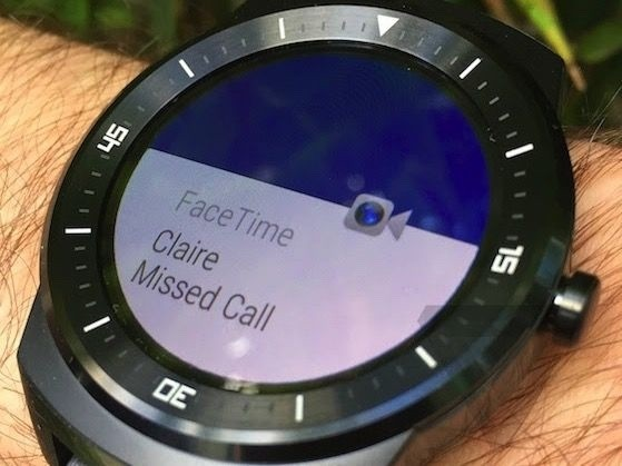 Google Close to Finishing Android Wear App for iOS