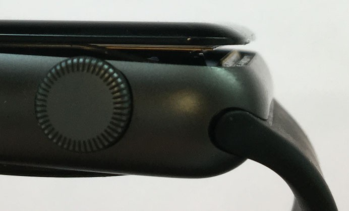 Apple Now Offering Free Repairs of 42mm Apple Watch Series 2 Models With Swollen Batteries