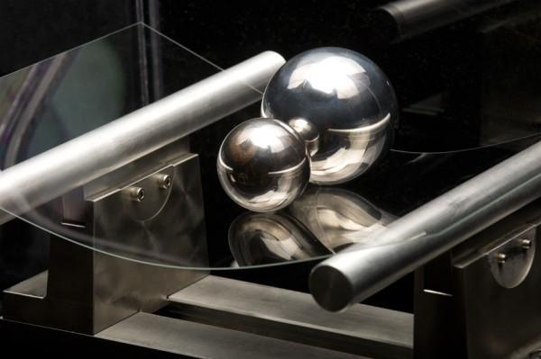 Corning Again Criticizes Sapphire as Potential Alternative to Gorilla Glass