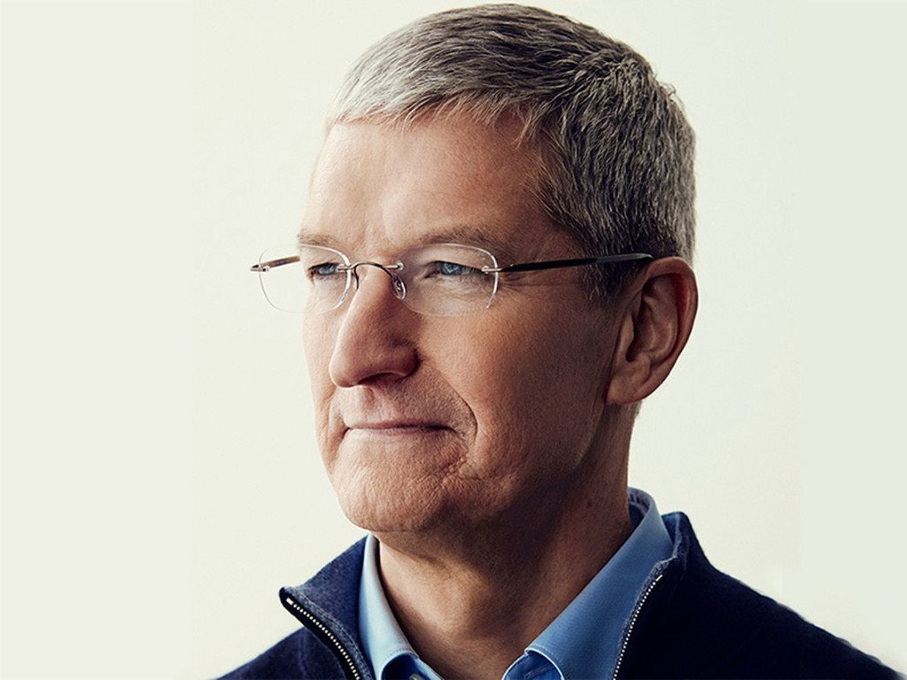 Apple CEO Tim Cook Sells $131.7 Million in Apple Stock