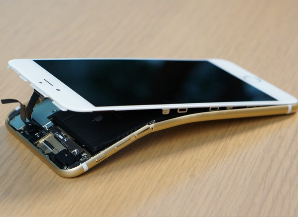 Consumer Reports: iPhone 6 and iPhone 6 Plus Not as Bendable as Believed