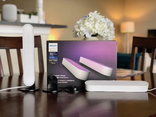 Review: Philips Hue Play Adds Bright Bias Lighting to Your Entertainment Center