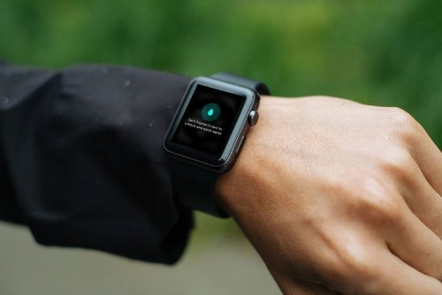 How To Eject Water From Your Apple Watch Using the Water Lock Feature