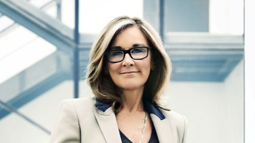 Apple Retail Under Angela Ahrendts: Focus on Mobile Payments, Customer Experience, and China