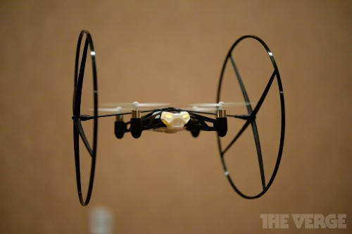 CES 2014: Parrot Unveils 'MiniDrone' and 'Jumping Sumo' iOS Controlled Vehicles