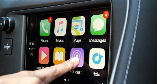 Porsche Chooses CarPlay Over Android Auto Due to Google's Data Collection Policy