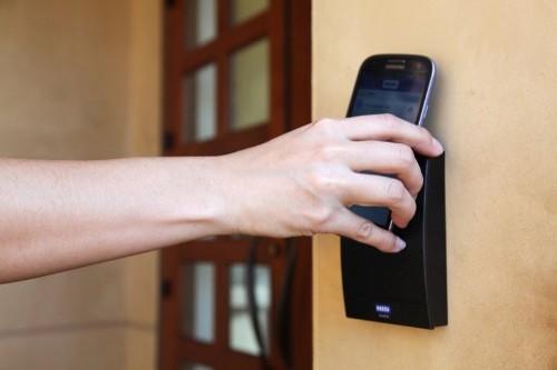 iOS 12 to Allow iPhones to Unlock Doors Via NFC