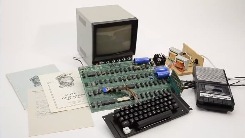 Working Apple 1 Computer Sells for Record Auction Price of $671,400