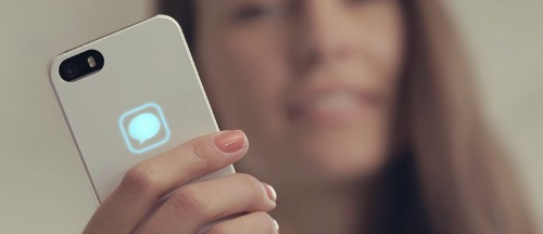 Lunecase Uses Electromagnetic Energy to Display iPhone Notifications
