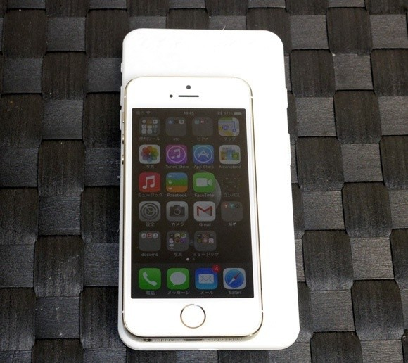 5.5-inch iPhone 6 Mockup Compared to iPhone 5s in New Photos