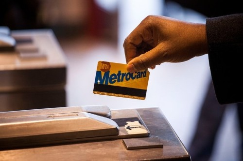 New York City Plans to Replace Transit MetroCard With Electronic Card Readers That Support Apple Pay