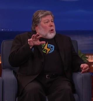 Steve Wozniak Weighs in on Apple-FBI Dispute