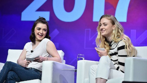 Apple's Carpool Karaoke Will Include Sophie Turner and Maisie Williams From Game of Thrones