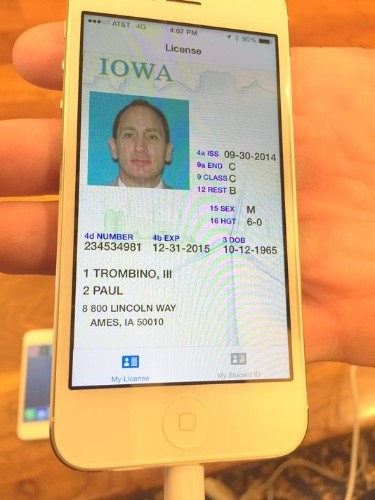 Smartphone-Compatible Digital Driver's Licenses Launching in Iowa in 2015