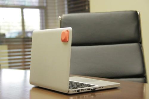 POM Tracking Tags Keep Tabs on Objects, People via Bluetooth and GPS