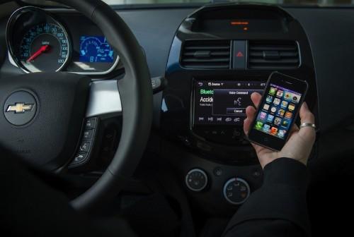 Siri 'Eyes Free' Coming to 2014 Chevy Camaro, Volt, Malibu and More