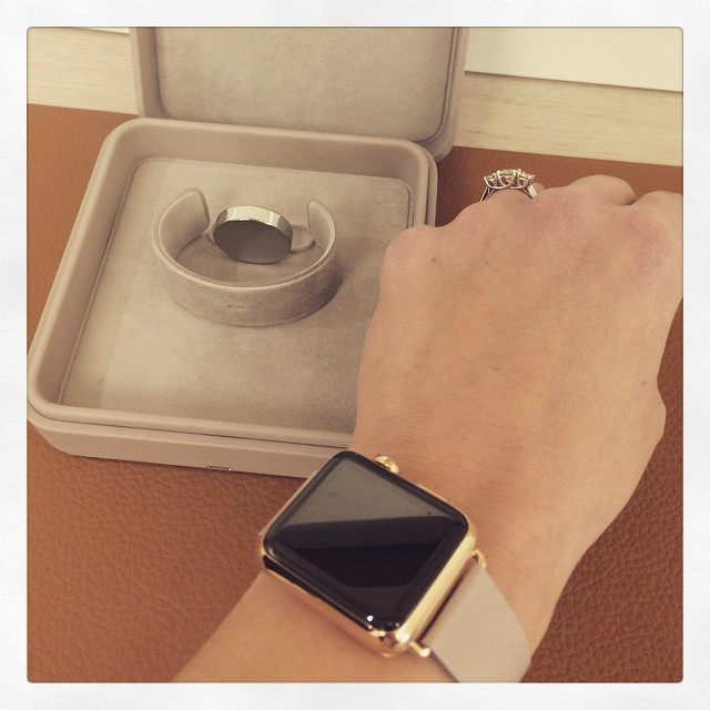 Official Retail Box for Apple Watch Edition Revealed