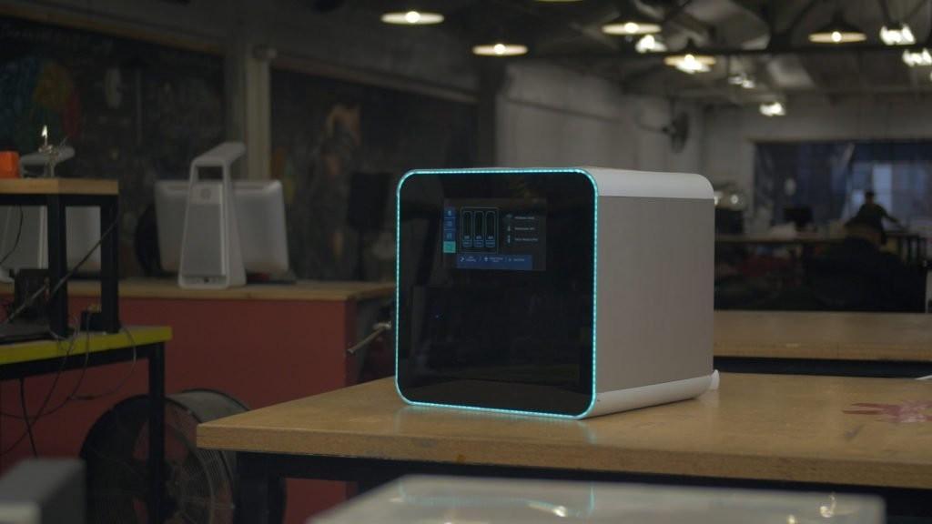 NexD1 Printer Brings Polyjet-Style 3D Printing to Consumers, Adds Conductive Resins | Make:
