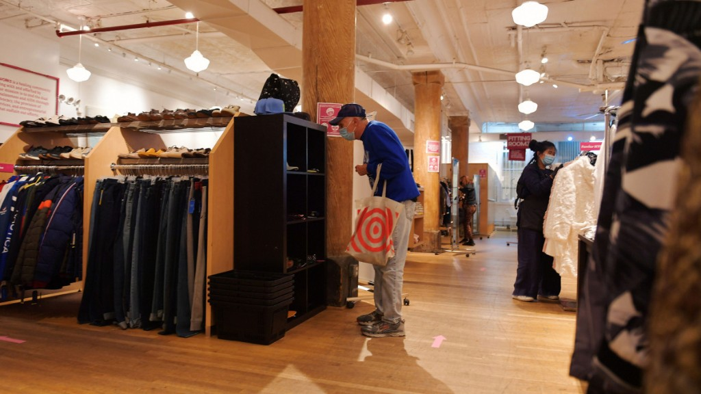 Online shopping uptick expected to continue for holidays - Marketplace