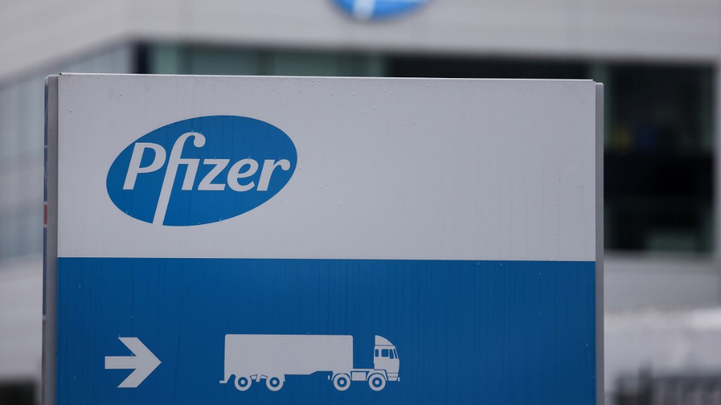 Pfizer cuts in half expectations for vaccine doses in 2020 - Marketplace