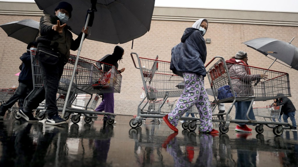 US consumer spending rose a moderate 1.4% in September - Marketplace