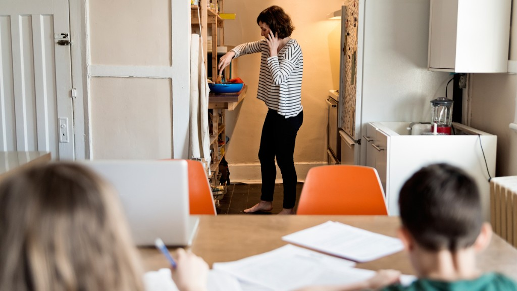The COVID recession is driving more women than men from the job market - Marketplace