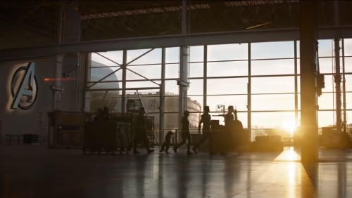 Fans are decoding the hell outta new 'Avengers: Endgame's trailer