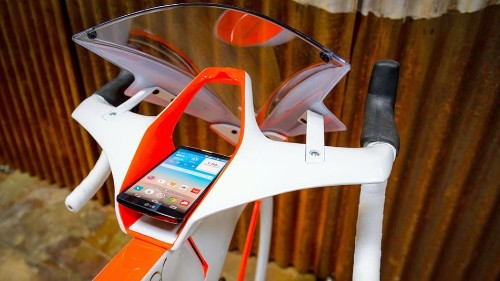 Concept design a wraps a bike around your smartphone