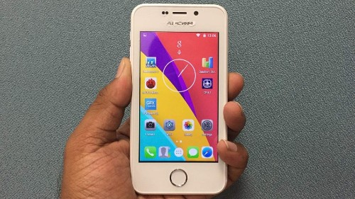 Freedom 251, the world's cheapest smartphone, runs into trouble