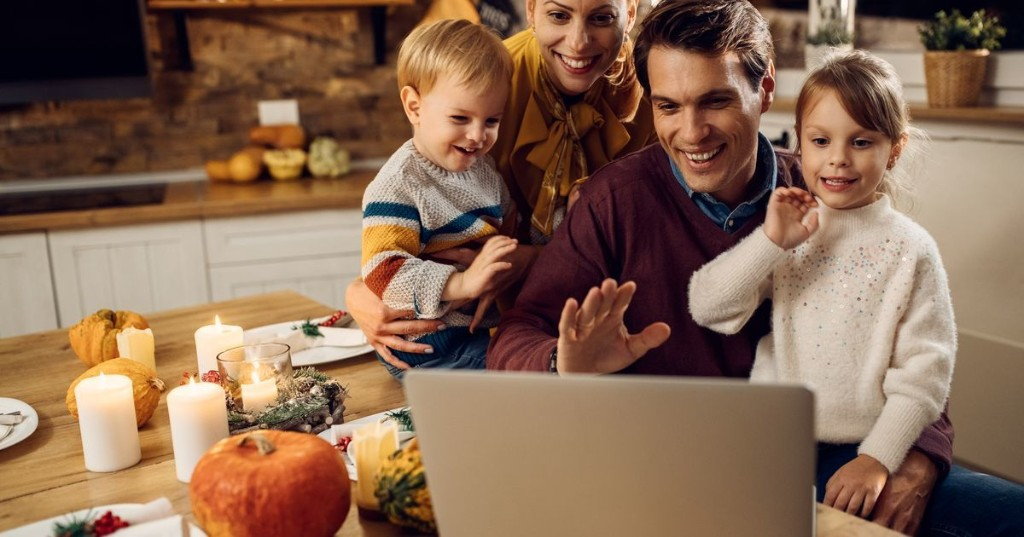 How to host virtual Thanksgiving